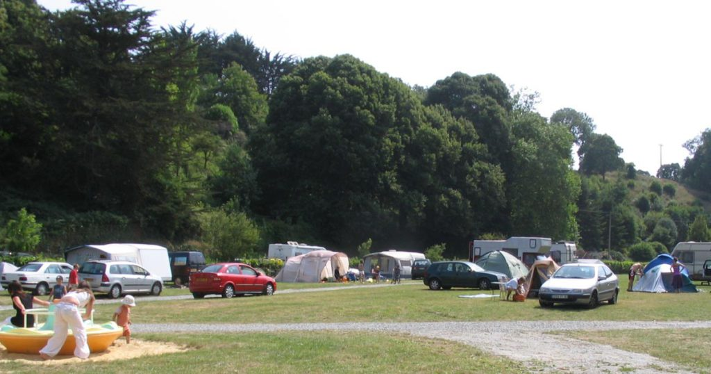 Emplacement camping cote emeraude