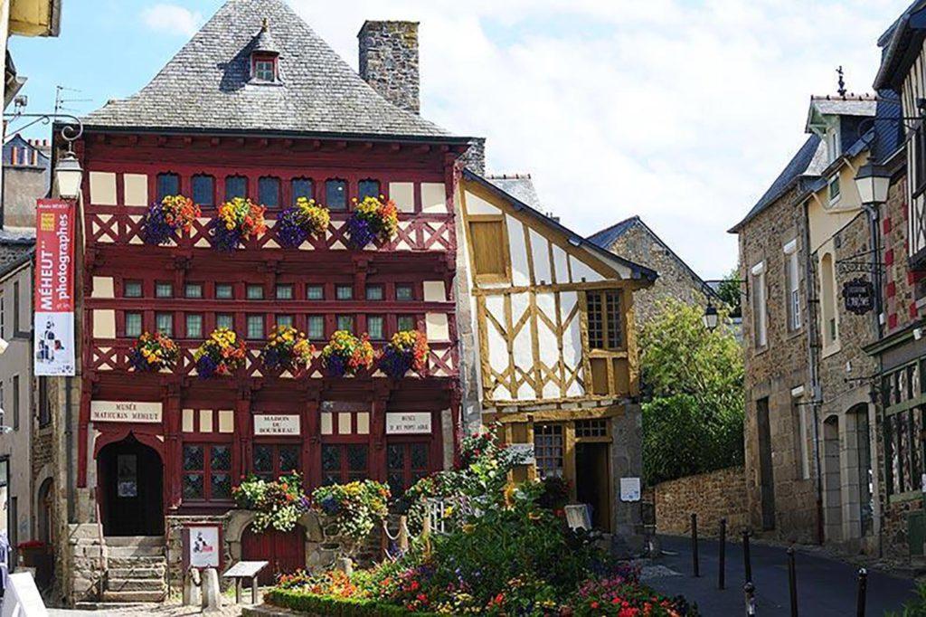 Lamballe maison pans de bois